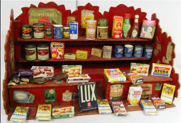 A variety of Kiddicraft Miniatures